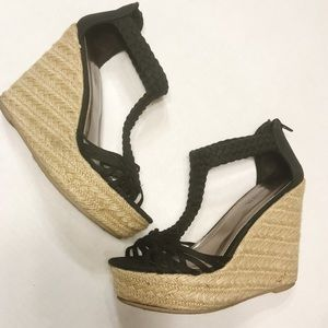 Mossimo | Straw/Black Canvas Weaved Wedges Size 6